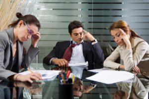 Предпринимательская уверенность в ноябре в обрабатывающей промышленности упала на 4%