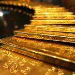 Цены на золото падают на фоне стабилизации доллара